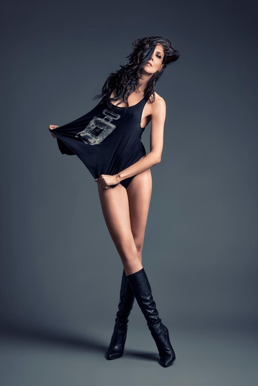 Long- Model Jacqueline Depaul